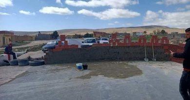 Khenchela : pour se faire entendre, des protestataires érigent un mur sur la route nationale