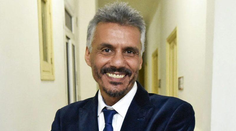 Algérie : Nekkaz propose une période de transition dirigée par des hommes de loi