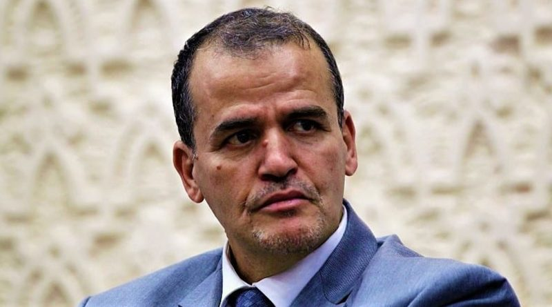 Algérie : Kamel Rezig licencie puis réhabilite des cadres de son ministère